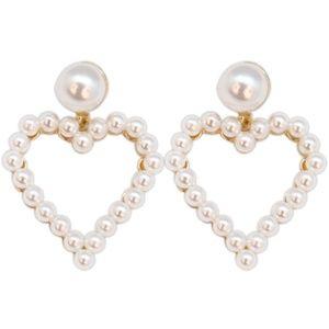 Jewelry - 3/$15! White Pearl Heart Shape Earrings